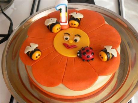marcipánové dorty - Fotoalbum - dorty pro děti - Kytka včeličky
